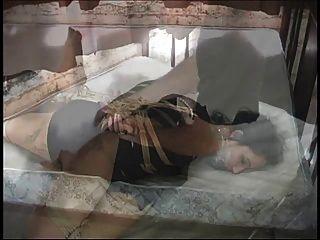 geschäftsfrau gebunden