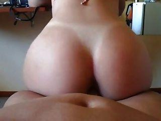 sexy Arsch in umgekehrtem Cowgirl