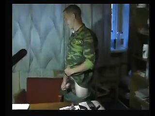 russische soldaten wichsen 3