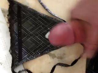 Cumming auf meine heißen Freunde hot panties