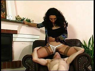 Mama und Junge romantischen Sex