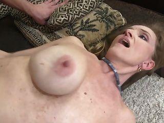 heißer reifer Sex mit schmutziger Mutter und Sohn
