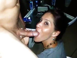 Mann filmt Frau seinen Freund saugen
