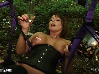 geile Herrin bestellt cuckold Sklave beobachten sie fuck großen Schwanz