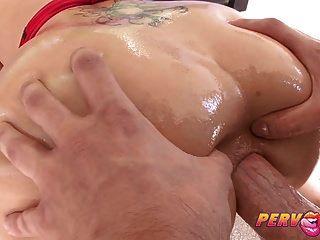 pervcity big booty blonde bekommt ihre anal fix