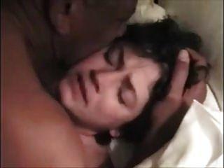 Frau Mona Orgasmen weinen