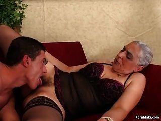 Oma erster Riesenschwanz anal