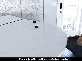 exxxtrasmall winzigen Mädchen Scout von riesigen Schwanz gefickt