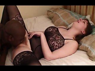 große Titten sexy weiße Frau von BBC gefickt