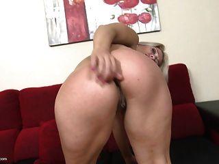 reife blonde mom will anal und pussy sex