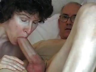 Großvaters großer Schwanz, attraktive reife Schwalben es