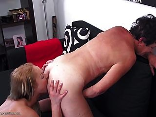 reife Mütter unterrichten Töchter Lesben Sex
