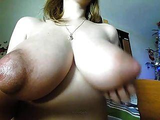 Amateur blond große naturals riesige Puffy Nippel auf cam