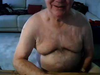 Opa Strich und zeigen auf der Kamera