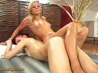 lesbischer Nuru-Massage-Orgasmus