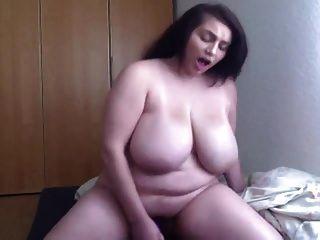 sexy bbw fährt dann finger auf cam