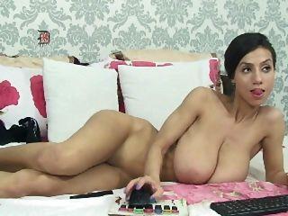 dünnes Mädchen mit großen saggy Titten