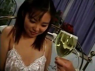 xhamster.com 6668672 asiatisch trinken pissen (1) .mp4