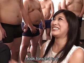 Untertitel cfnm japanische Gokkun Party mit Miki Sunohara