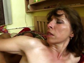 schmutzige Heimgeschichten mit reifen Müttern