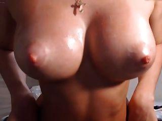 blonde runde Arsch große Titten Titten rasierte cameltoe Pussy