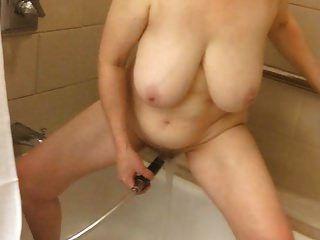 60+ big tits mom dusche masturbation von marierocks