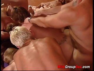 extreme deutsche Gruppensex-Orgie