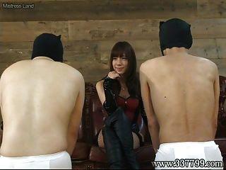 japanische femdom takakura Gesicht sitzend und Gesicht slap