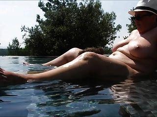 Schwimmbad der Liebe