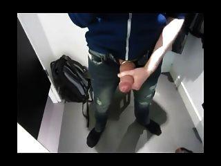 Ruckeln und Cumming im Ankleideraum