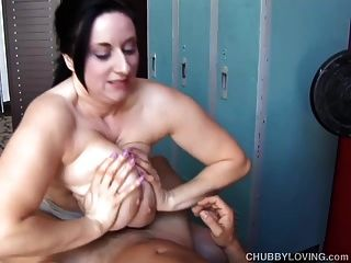 silly busty Youporn Babe Milf Dreier leaves wonder what other