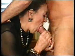 französische Oma und deutsche Gentleman (wer ist diese Dame)?