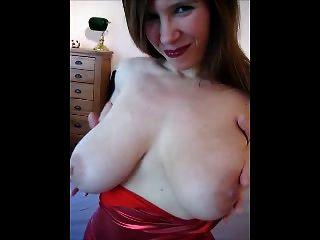 engen roten Kleid