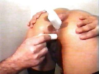fistfuck und kerzen in womans ass im arztamt