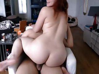 sexy Chubby Redhead Babe Reiten bf Hahn Sperma auf Gesicht