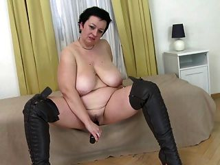 Webcams 2014 hk with huge tits and lotion 10