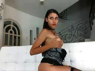 latina camwhore deepthroat und ficken anal