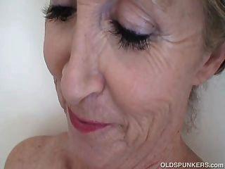 super sexy alten spunker geil geil in der dusche