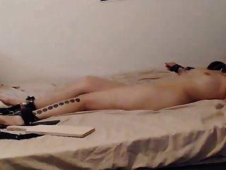 Lebendige Orgasmen Folter mit Ohmibod Teil 1