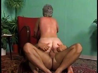 bbw anal oma mit grauen haaren (vintage)