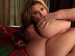 amerikanische bbw mom kimmie kaboom braucht einen guten sex