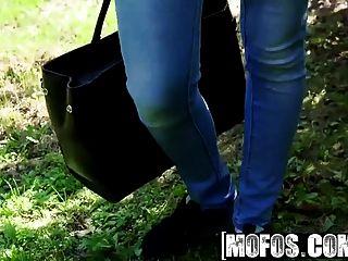 mofos öffentliche Pickups schlank ungarisch nimmt fetten Schwanz Stern