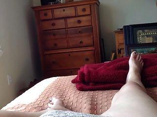 Masturbieren Bett Muschi Haarig Die Milf