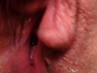 Muschi Cumming tropfend nass Contracting Orgasmus heiß