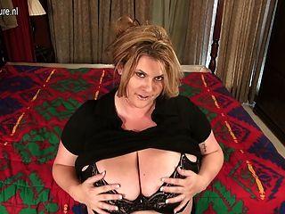 big breasted mature bbw Mutter bekommen frech
