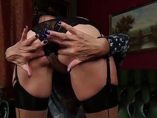 alte Mutter Molly Maracas Gefühl sexy