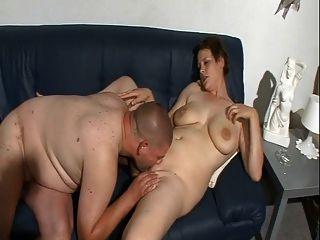 sinnliche Amateur große Titten und schöne Pussy