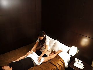 japanische Hotelmassage ist falsch verfallen