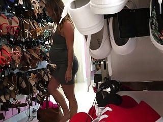 19yr alt schwanger nicole einkaufen für schuhe