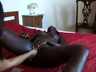 Frau, s afrikanische Freundin